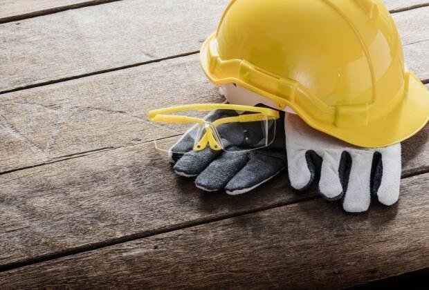 Dave Giannou said veterans have many skills that are transferable to the construction industry, which is currently facing labour shortages.  (Shutterstock / sirastock - image credit)