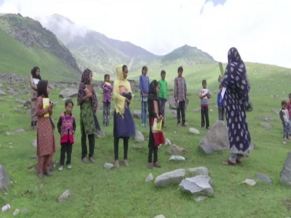 J-K: Community classes being held for tribal students on higher reaches of Pir Panjal [Photo/ANI]