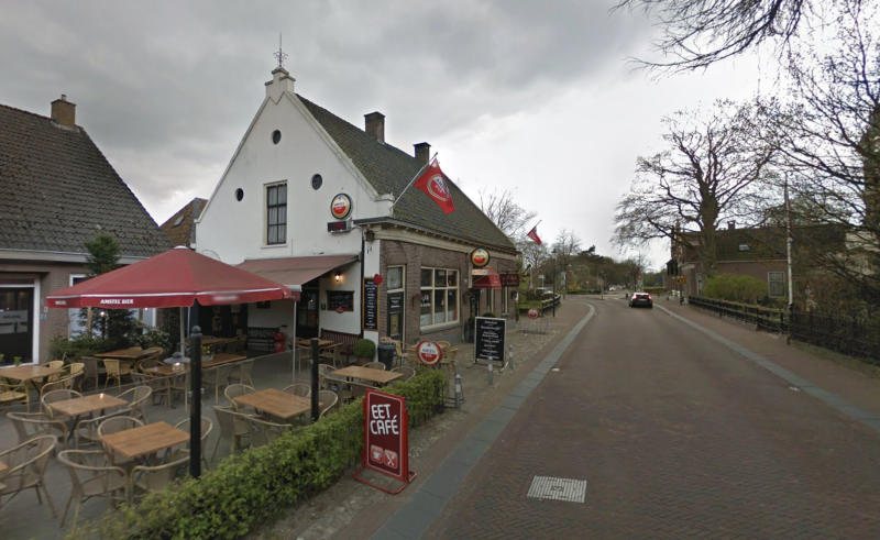 The bar where Jan revealed his family's story to the owner. Source: Google Maps