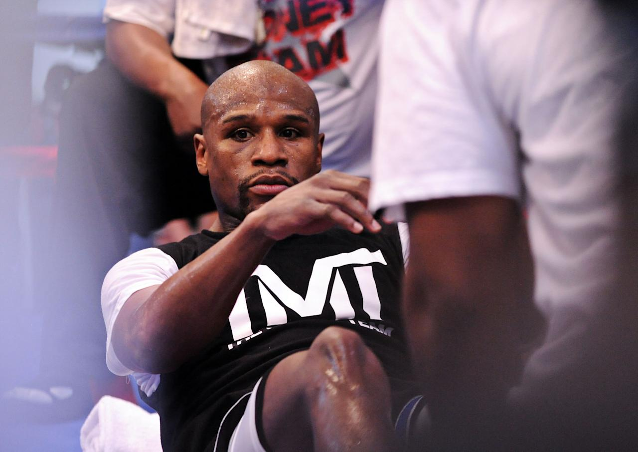 LAS VEGAS, NV - APRIL 17: Boxer Floyd Mayweather Jr. works out at the Mayweather Boxing Club on April 17, 2013 in Las Vegas, Nevada. Mayweather Jr. will fight Robert Guerrero for the WBC welterweight title at the MGM Grand Garden Arena on May 4, 2013.  (Photo by Bryan Haraway/Getty Images)