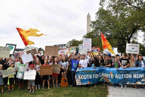 PHOTO: Teenagers and students take part in a climate protest outside the White House in Washington, D.C. on September 13, 2019. (Nicholas Kamm/AFP/Getty Images)