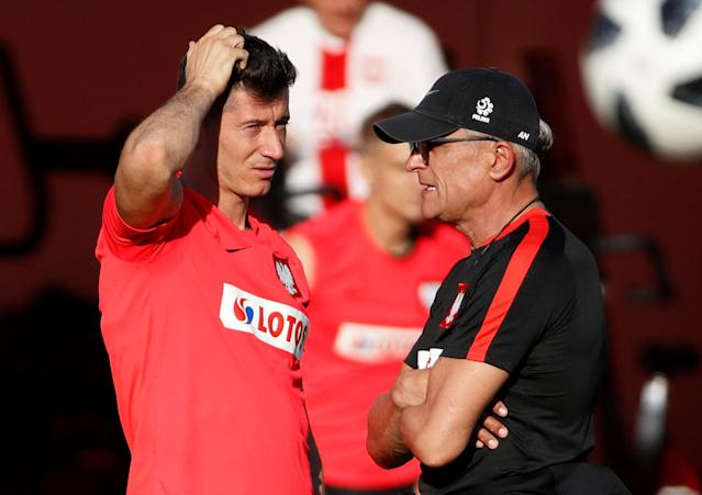 Soccer Football - World Cup - Poland Training - Poland Training Camp, Sochi, Russia - June 21, 2018 Poland's Robert Lewandowski and coach Adam Nawalka during training REUTERS/Francois Lenoir