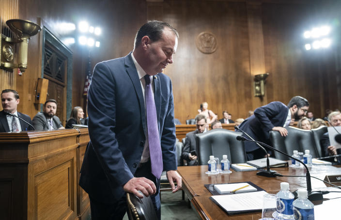 Sen. Mike Lee, R-Utah, a member of the Senate Judiciary Committee, arrives for a markup session Thursday, Jan. 9, 2020, on Capitol Hill in Washington..  (Photo: J. Scott Applewhite/AP)