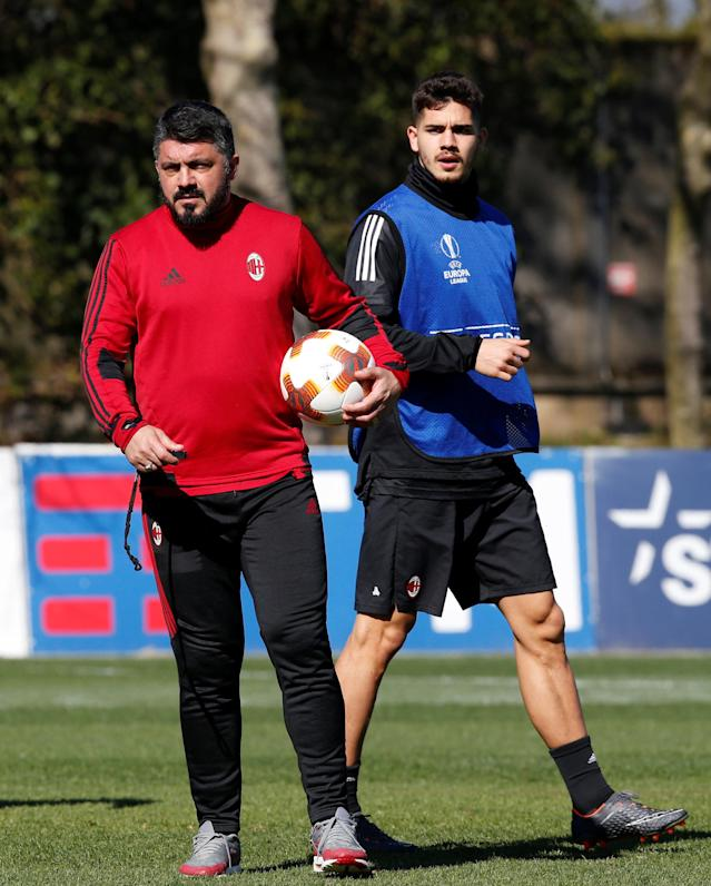 Soccer Football - Europa League - AC Milan Training - Milanello Sport Center, Milan, Italy - March 14, 2018 AC Milan coach Gennaro Gattuso and Andre Silva during training REUTERS/Stefano Rellandini