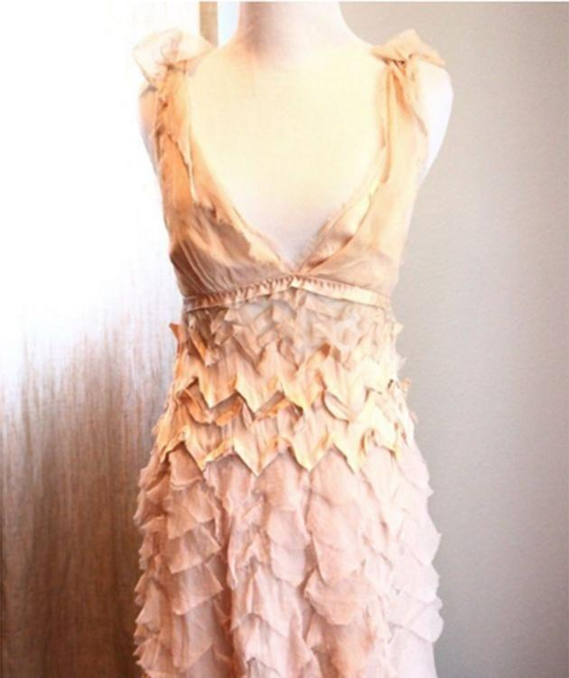 The pink, allegedly Marc Jacobs dress that a seller is claiming Ashley Olsen wore to prom. Photo: ebay