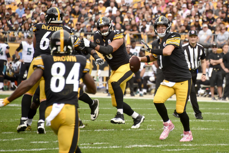 Pittsburgh Steelers quarterback Ben Roethlisberger (7) will look to make up for a five-interception game against the Jaguars in the regular season. (AP)