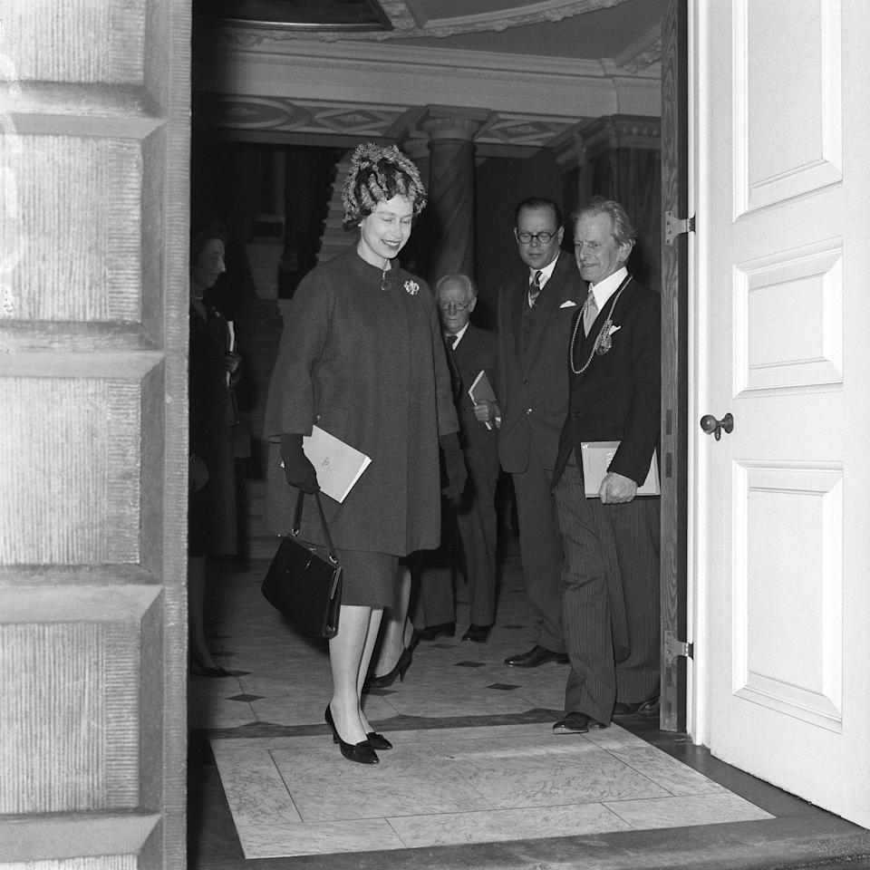 <p>Embracing the smock dress maternity wear trend, Queen Elizabeth wore boxy separates that were elegant, yet current with the latest maternity styles. At this time, it was still not common to showcase your bump, especially as a royal. </p>
