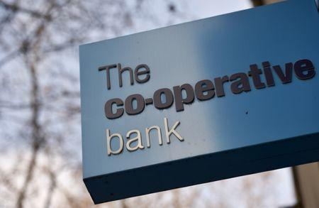 Co-op Bank agrees 700 million pound rescue package