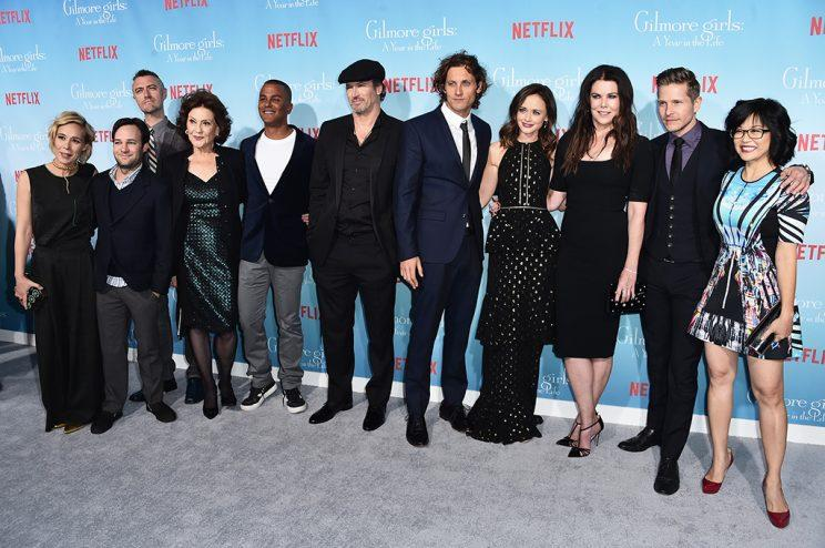 The cast attends the premiere of 'Gilmore Girls: A Year In The Life' on Nov. 18 (Photo by Alberto E. Rodriguez/Getty Images)