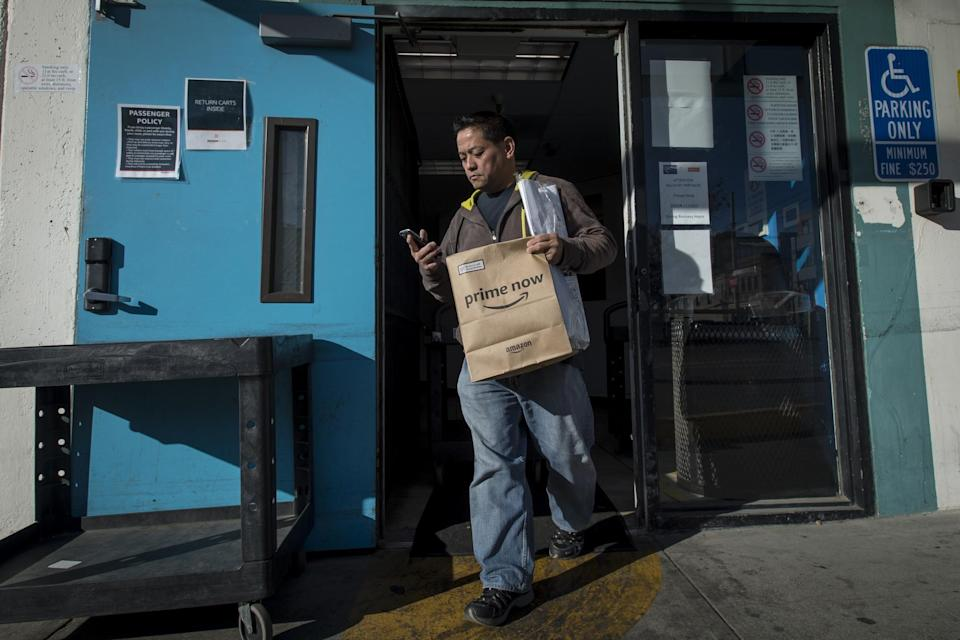 Amazon Raises Minimum Pay for Everyone—Except These Workers