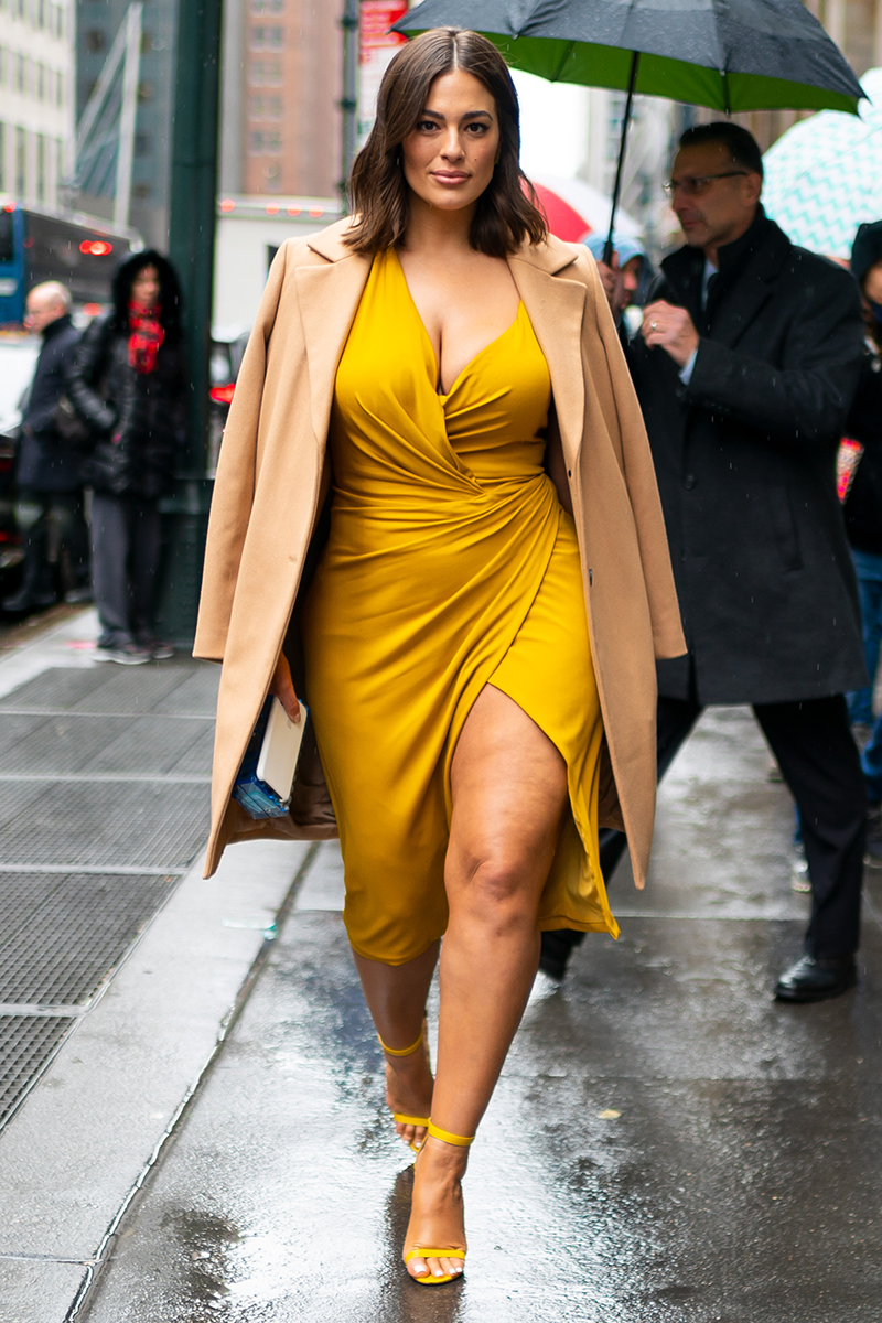 <p>Pairing eye-catching tones, like marigold yellow, with earthy shades might seem counterintuitive but it's a clever way of giving your bright outfit a more laid-back feel. Just ask Ashley Graham.</p>