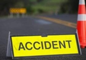 Two killed as car crashes into tree in Chhattisgarh
