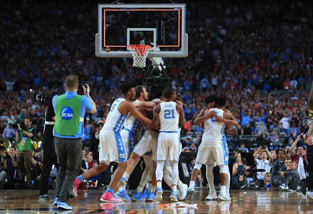 <p>The North Carolina Tar Heels celebrate after defeating the Gonzaga Bulldogs during the 2017 NCAA Men's Final Four National Championship game at University of Phoenix Stadium on April 3, 2017 in Glendale, Arizona. The Tar Heels defeated the Bulldogs 71-65. (Photo by Tom Pennington/Getty Images) </p>