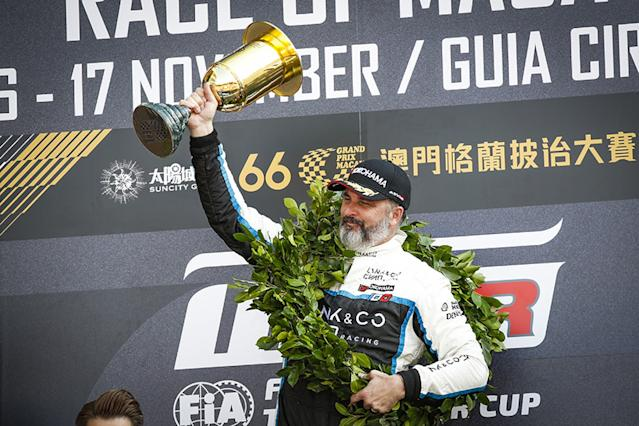 Muller seals Macau WTCR win double from fifth