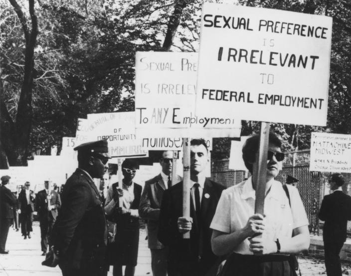 Barbara Gittings and other gay rights activists picket outside the White house in 1965. (Kay Tobin Lahusen / NYPL)
