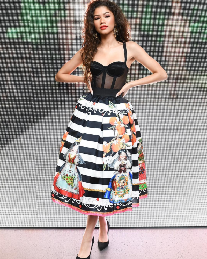 As always, Zendaya was a style hit in a full Sicilian look by Dolce & Gabbana.<br /><i>[Photo: Instagram/dolcegabbana]</i>