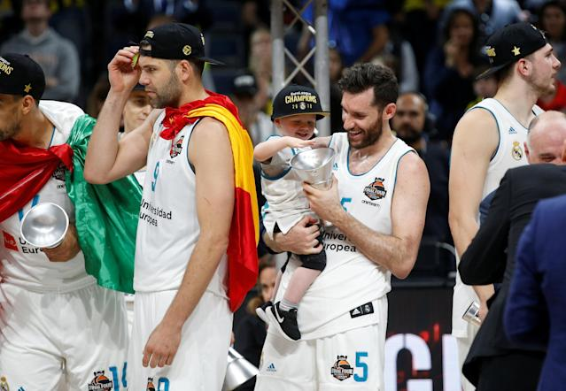 Basketball - Euroleague Final Four Final - Real Madrid vs Fenerbahce Dogus Istanbul - Stark Arena, Belgrade, Serbia - May 20, 2018 Real Madrid's Rudy Fernandez celebrates winning the final with the trophy REUTERS/Alkis Konstantinidis
