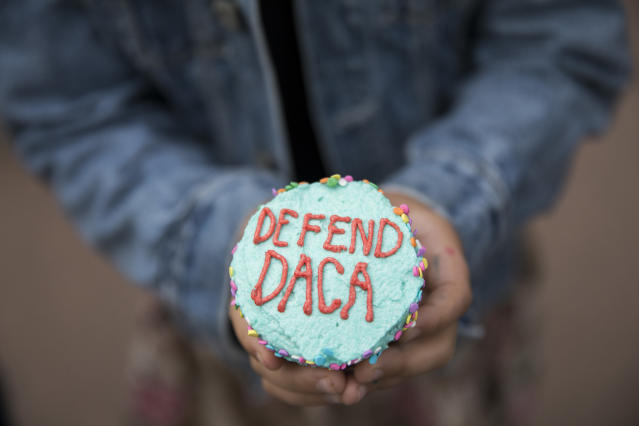 <p>A girl hands out cupcakes at a protest against the announcement that the Trump administration is ending the Deferred Action for Childhood Arrivals program, known as DACA, in Minneapolis, Tuesday, Sept. 5, 2017. (Photo: Renee Jones Schneider/Star Tribune via AP) </p>