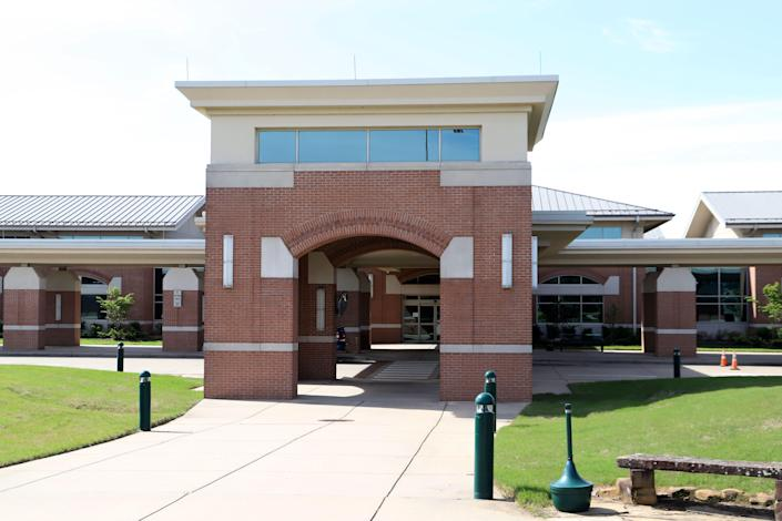 From May to June, Fort Smith Regional Airport saw a 3.4% increase in departures.