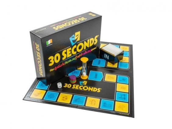 Put your general knowledge to the test with this easy-to-play game for four people and more (Smart Game Shops)