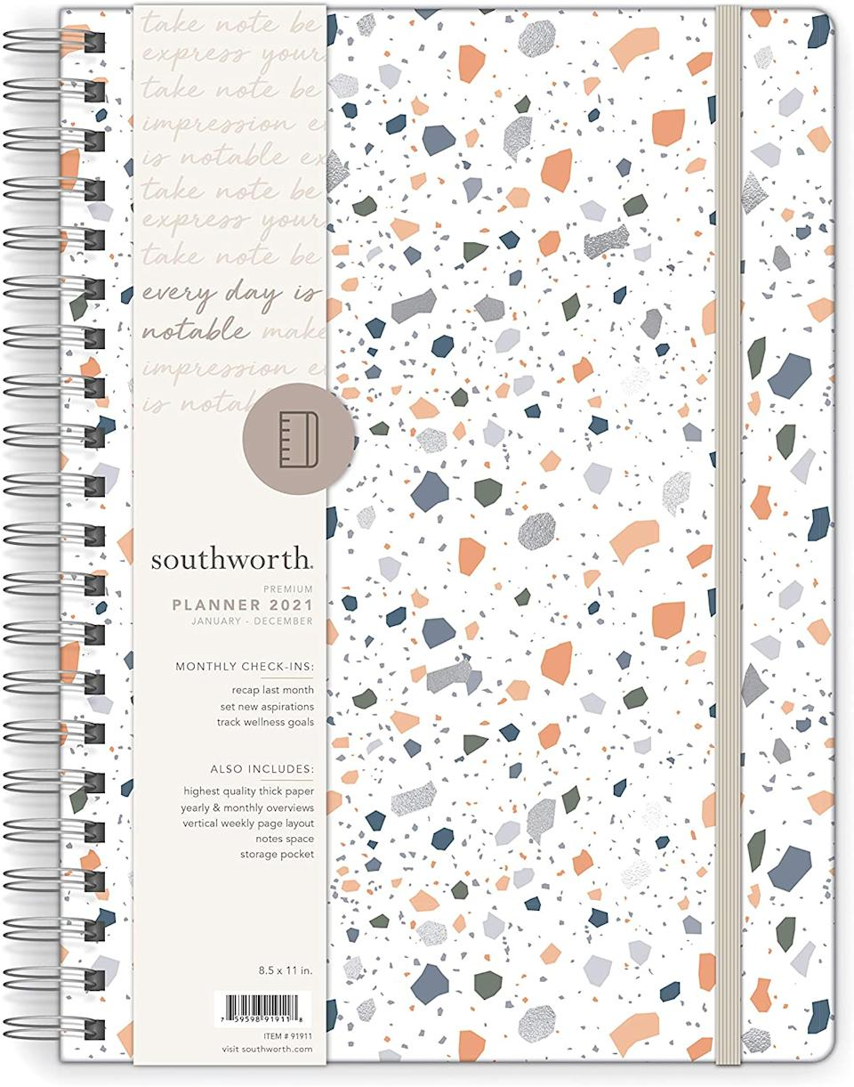 Southworth 2021 Yearly Planner. Image via Amazon.