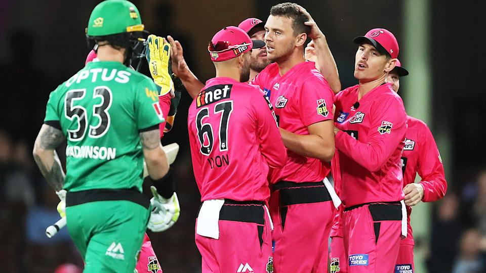 The Melbourne Stars and Sydney Sixers, pictured here in action in the BBL09 final.