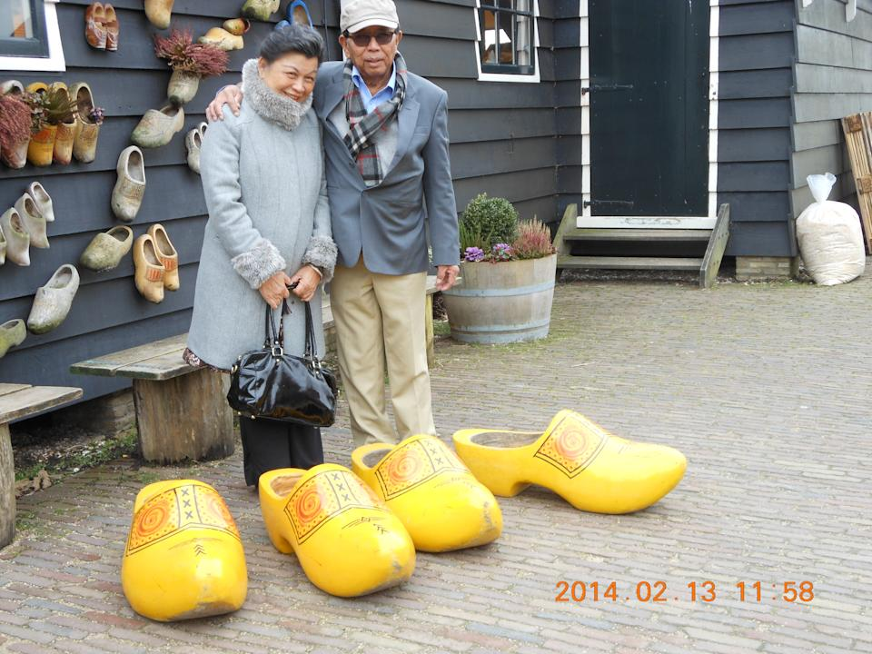 Tom Iljas and Liong May Swan in Amsteradm in 2014, where they met in person for the first time. PHOTO: Alexandra Hospital