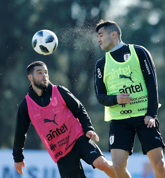 Football Soccer - World Cup 2018 - Uruguay's national soccer team training - Montevideo, Uruguay - May 24, 2018 - Nicolas Lodeiro and Maximiliano Gomez of Uruguay during training session. REUTERS/Andres Stapff