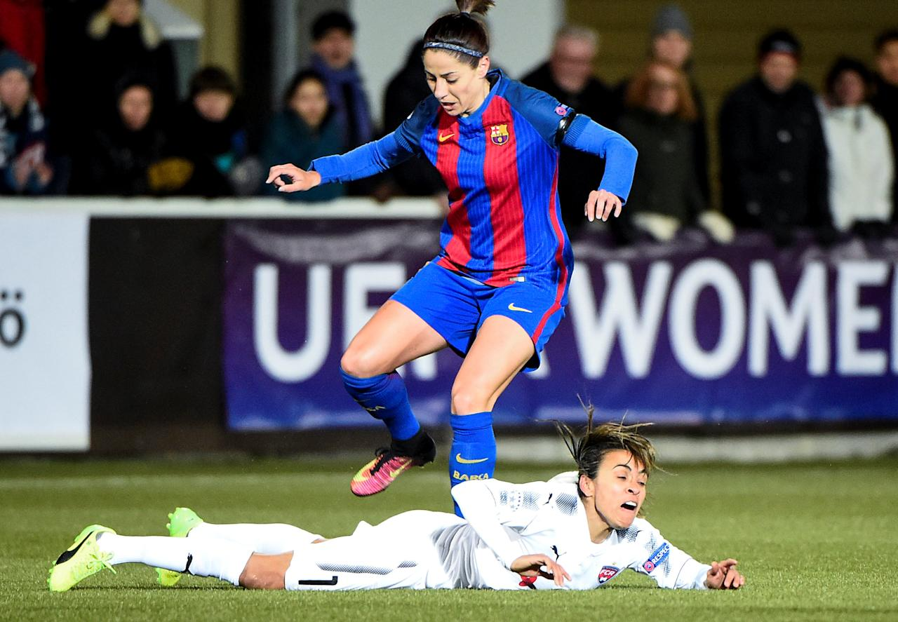 Football Soccer - FC Rosengard v FC Barcelona - UEFA Women's Champions League 1st Quarterfinal Match - Malmo IP Arena, Malmo, Sweden - 22/3/17 Barcelona's Vicky Losada and Rosengard's Marta Vieira da Silva in action. TT NEWS AGENCY/Emil Langvad/via REUTERS ATTENTION EDITORS - THIS IMAGE WAS PROVIDED BY A THIRD PARTY. FOR EDITORIAL USE ONLY. SWEDEN OUT. NO COMMERCIAL OR EDITORIAL SALES IN SWEDEN