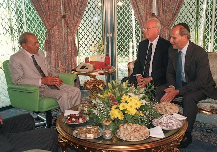 Yitzhak Rabin (second right) was the last Israeli premier to visit Africa when he visited Moroccan city of Casablanca in 1994 (AFP Photo/Abdelhak Senna)