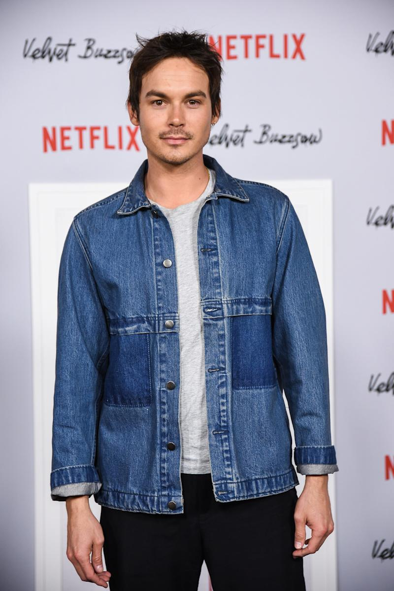 """Pretty Little Liars"" and ""Roswell, New Mexico"" Star Tyler Blackburn Talks About Being Queer for the First Time"