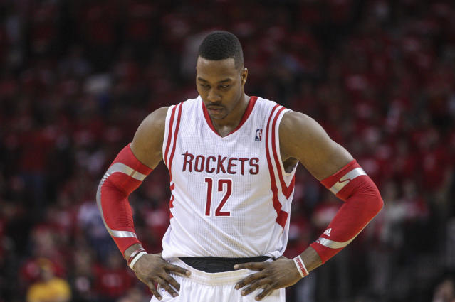 NBA admits error on overtime foul that knocked Dwight Howard out of Rockets-Blazers Game 1 (Video)