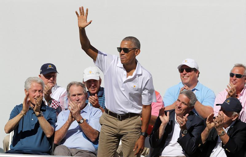 Obama waves to the crowd. (Sam Greenwood via Getty Images)