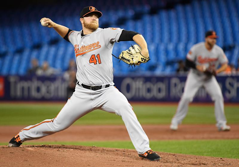 O's bullpen loses Hess' no-hit bid in win vs Blue Jays