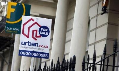 UK house price growth 'weakest since 2013', Halifax property market index shows