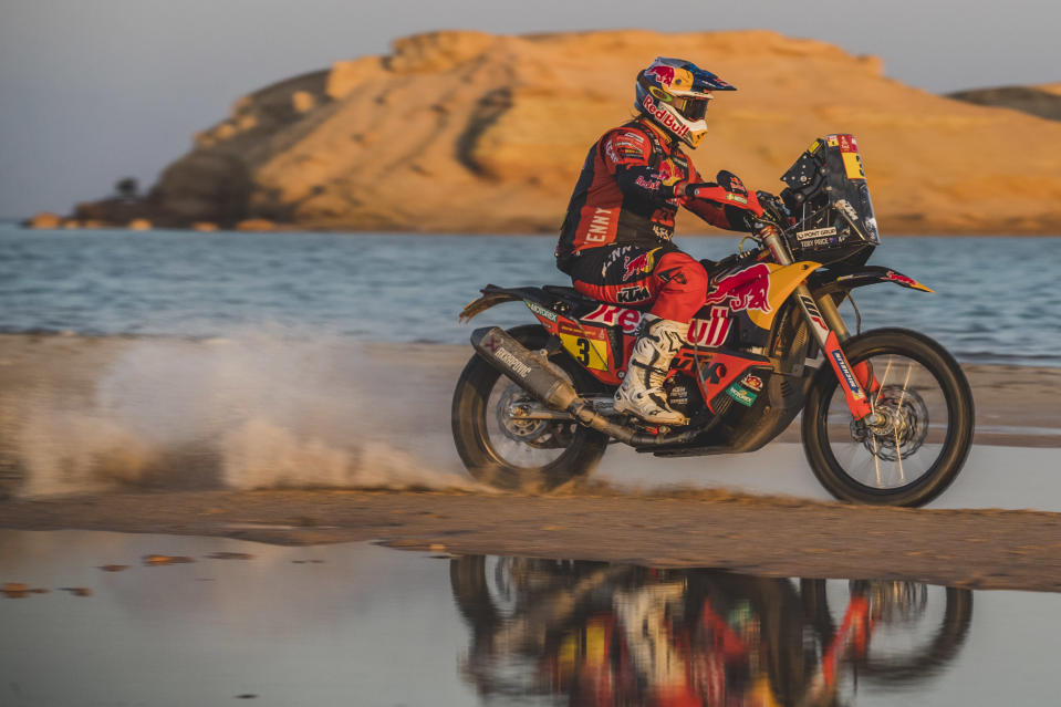 <em>Toby Price rides during Stage 9 of the Dakar Rally (Flavien Duhamel/Red Bull Content Pool).</em>