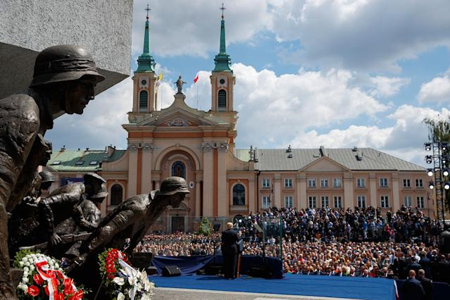 <p>President Donald Trump delivers a speech at Krasinski Square at the Royal Castle, Thursday, July 6, 2017, in Warsaw. (Photo: Evan Vucci/AP) </p>