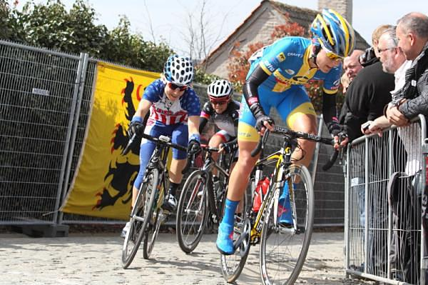 Emma Johansson (Hitec Products - Mistral Home) leads the chasers a few seconds back at the 2012 Tour of Flanders