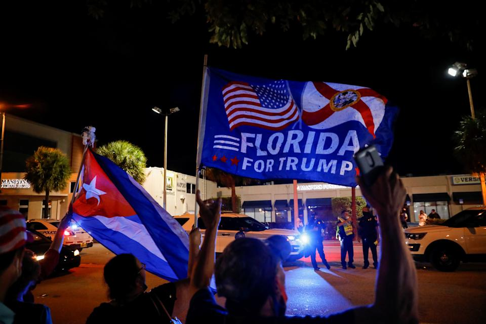 Trump-Anhänger in Miami (Bild: Reuters/Marco Bello)