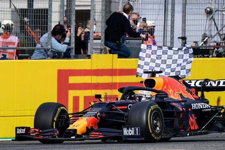 Verstappen wins a classic race at Imola