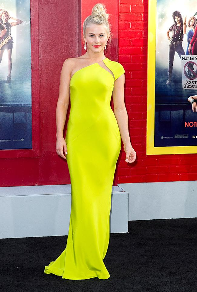 "Surprisingly, we don't mind the cut or color of the Kaufmanfranco dress Julianne Hough wore to the Los Angeles premiere of <a target=""_blank"" href=""http://movies.yahoo.com/movie/rock-of-ages/"">""Rock of Ages.""</a> However, we do mind that she ruined what could have been a real red carpet moment by shoving her gorgeous tresses in a sloppy top-knot. (6/8/2012)"