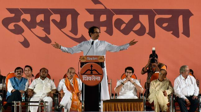 Shiv Sena has come down heavily on the four years of completion of the BJP government led by Prime Minister Modi. The government has failed and has proved inefficient to stop the attacks from Pakistan, terrorists or control the diesel and petrol prices.