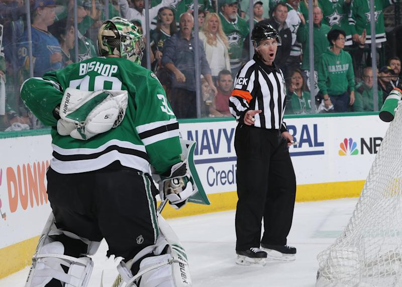 Stars look to surge ahead in Game 5 against Blues