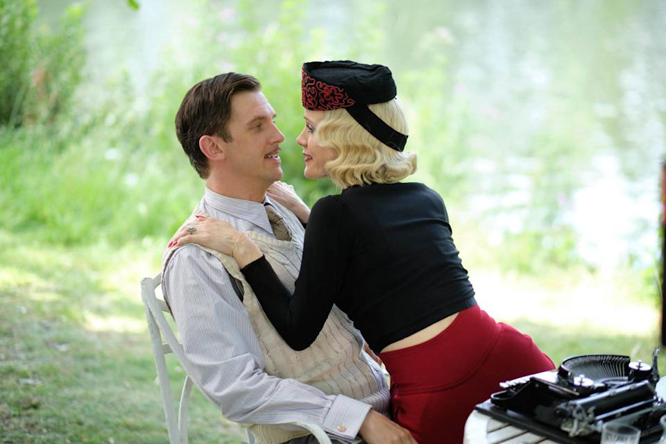 Dan Stevens and Leslie Mann in Blithe Spirit. (Sky Cinema)