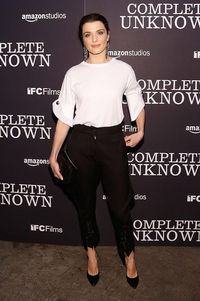 <p>Taking basics to a whole new level in cropped black pants and a white shirt with pinned-up sleeves. <i>(Photo by Taylor Hill/FilmMagic)</i><br></p>