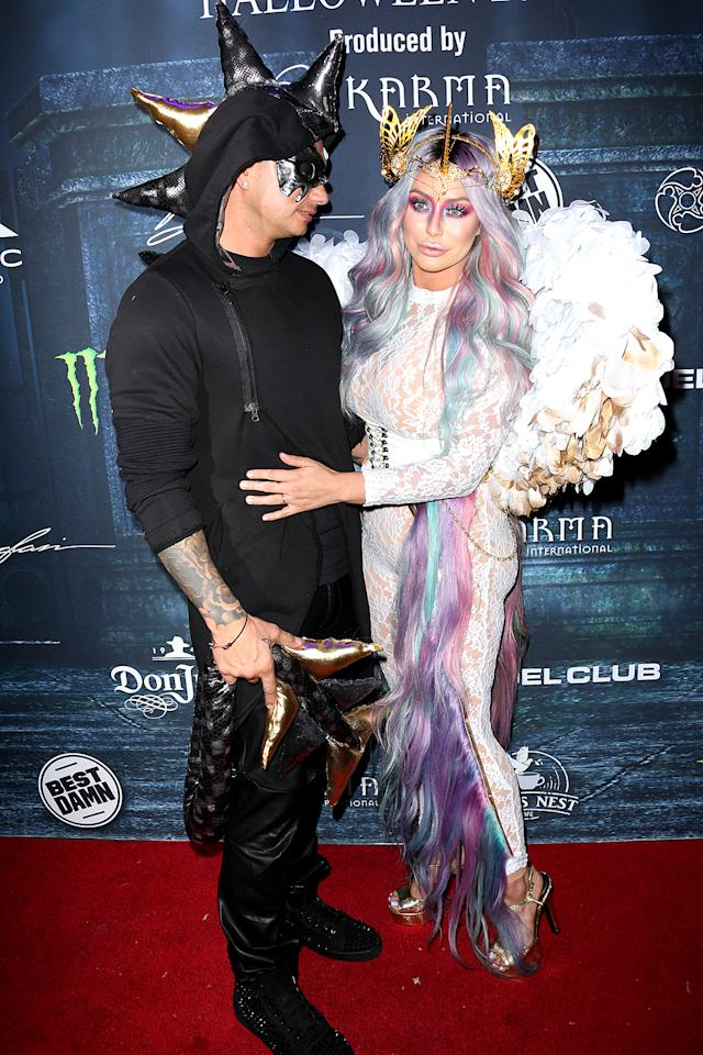 "<p>The couple brought their reality romance and their costumes — he was a dragon and she was a unicorn — to the <i>Maxim</i> fete. ""Costumes made by me,"" O'Day revealed on Instagram. (Photo: <a rel=""nofollow"" href="" https://www.instagram.com/p/BL6xzEVhyjO/?taken-by=aubreyoday&hl=en "">Instagram)</a> </p>"