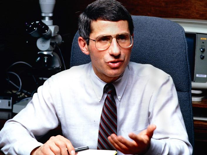 anthony fauci at his desk in 1988