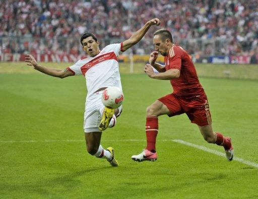 Stuttgart's Mexican defender Maza (L) and Bayern Munich's French midfielder Franck Ribery vie for the ball