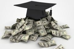 Student loan borrowers face payment 'pitfalls'