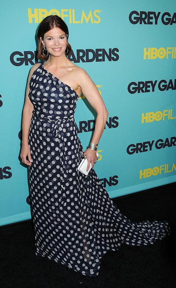 """""""Big Love"""" beauty Jeanne Tripplehorn arrived at the Ziegfeld Theatre in NYC for the premiere of """"Grey Gardens"""" in a perfect one-shouldered polka dotted Carolina Herrera gown. Johns PkI/<a href=""""http://www.splashnewsonline.com"""" target=""""new"""">Splash News</a> - April 14, 2009"""